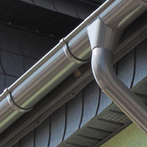 Stainless-steel-guttering-1